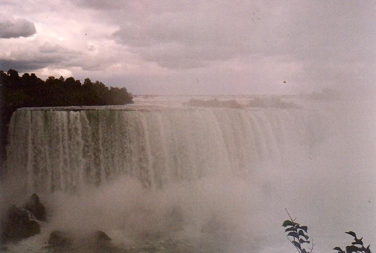 20030926_Niagara_web11