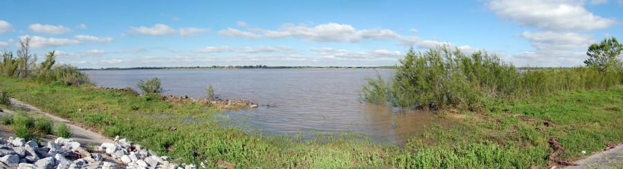 64pan_river01